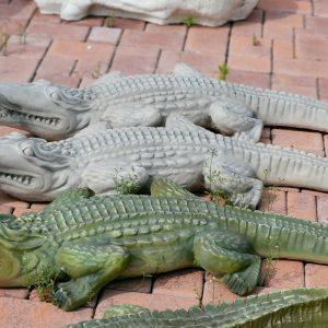 lauko_skulpturos_krokodilas_70_65